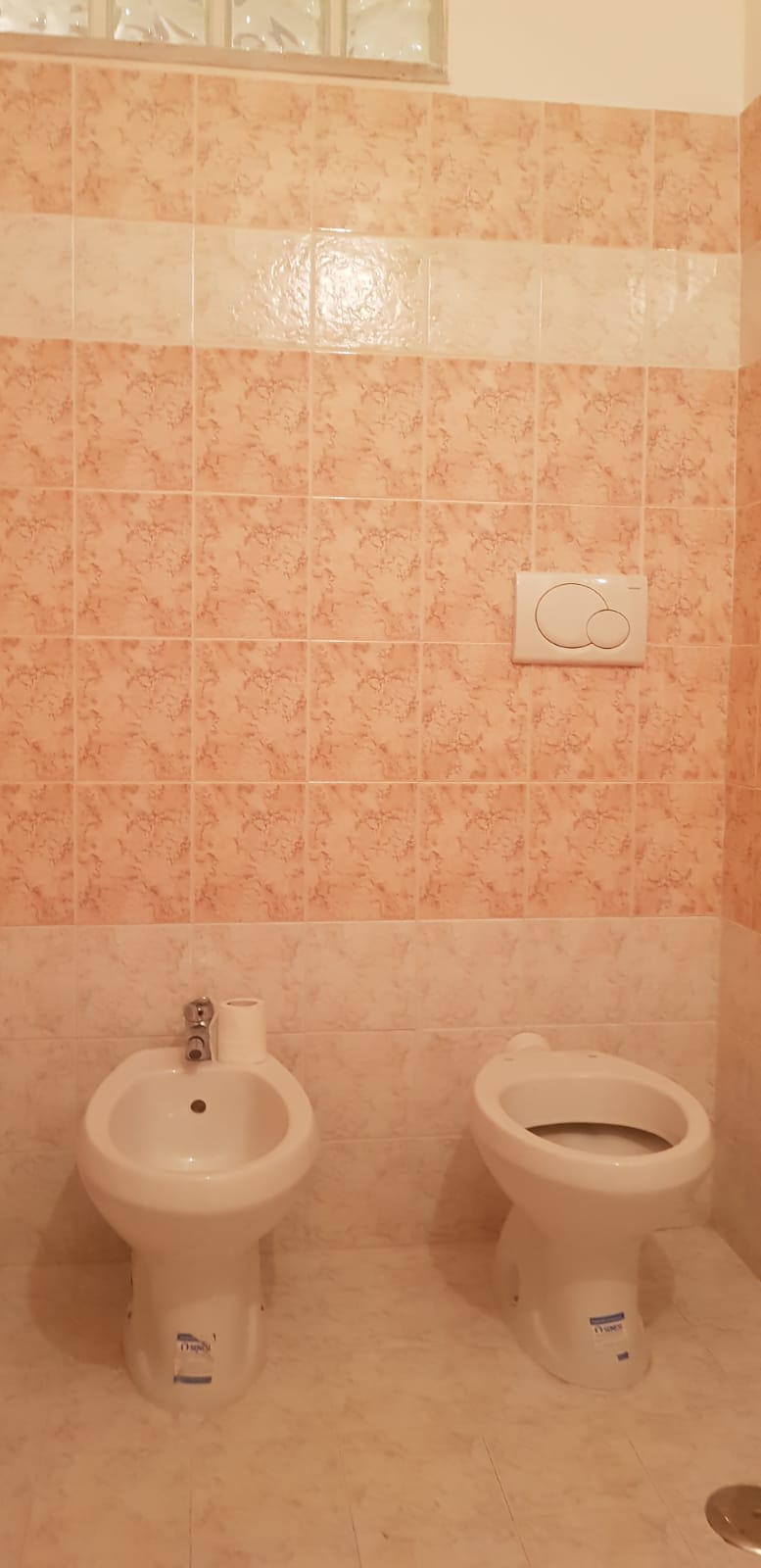 https://www.progettocasa1.it/immagini_immobili/25-07-2018/appartamento-vendita-gavignano-roma--241.jpg