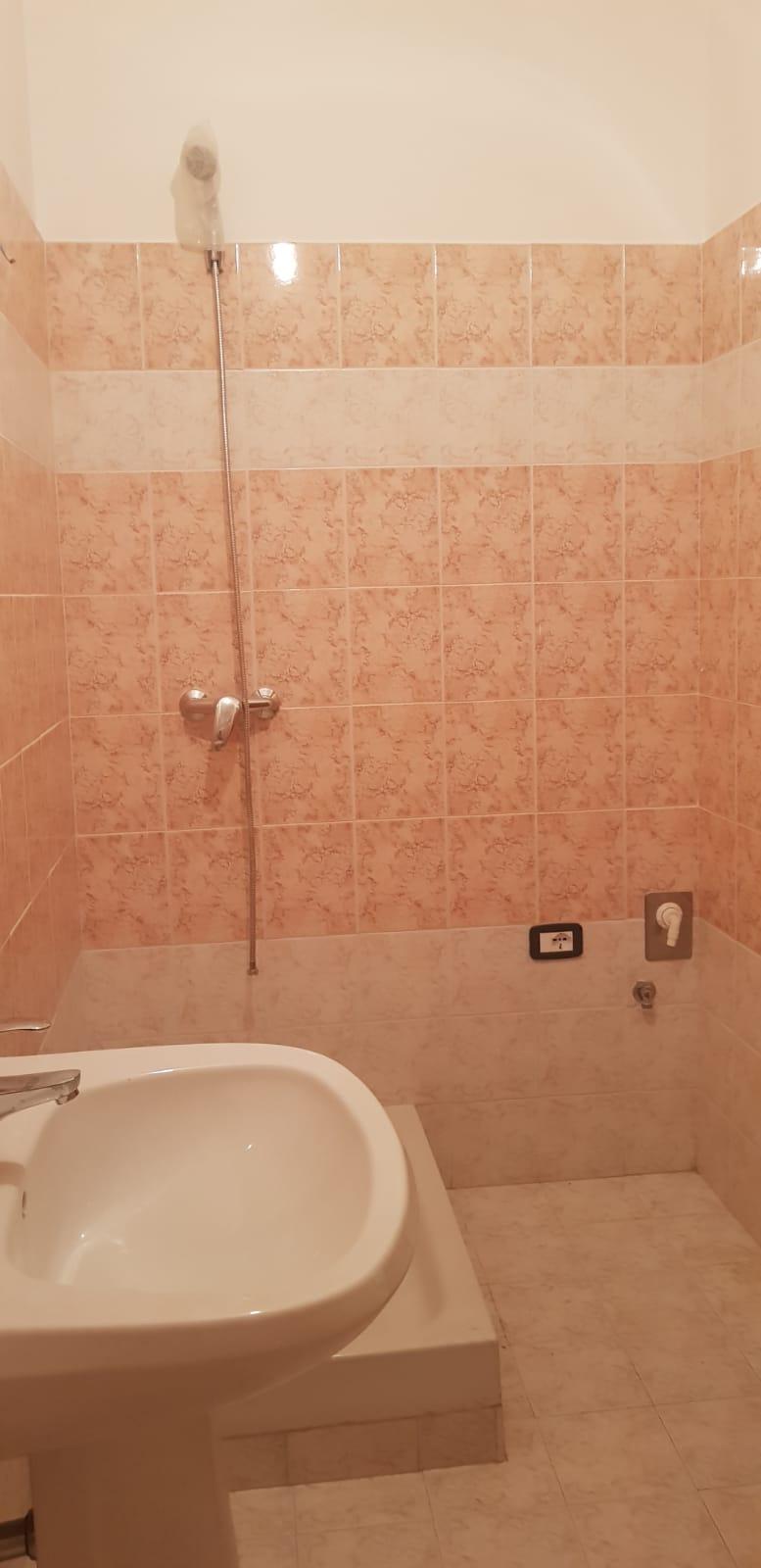 https://www.progettocasa1.it/immagini_immobili/25-07-2018/appartamento-vendita-gavignano-roma--273.jpg