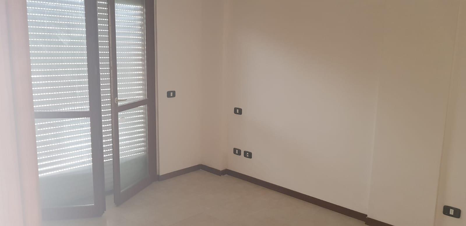 https://www.progettocasa1.it/immagini_immobili/25-07-2018/appartamento-vendita-gavignano-roma--99.jpg