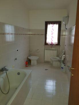 https://www.progettocasa1.it/immagini_immobili/25-08-2021/appartamento-vendita-colleferro-roma-via-dei-gelsi-741.jpg