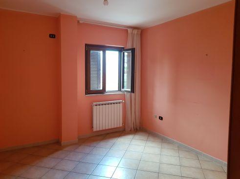 https://www.progettocasa1.it/immagini_immobili/25-09-2020/appartamento-vendita-colleferro-roma-via-dei-gelsi4-864.jpg