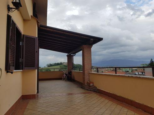 https://www.progettocasa1.it/immagini_immobili/25-09-2020/appartamento-vendita-colleferro-roma-via-dei-gelsi4-865.jpg