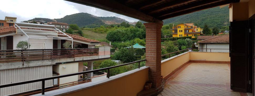 https://www.progettocasa1.it/immagini_immobili/25-09-2020/appartamento-vendita-colleferro-roma-via-dei-gelsi4-873.jpg