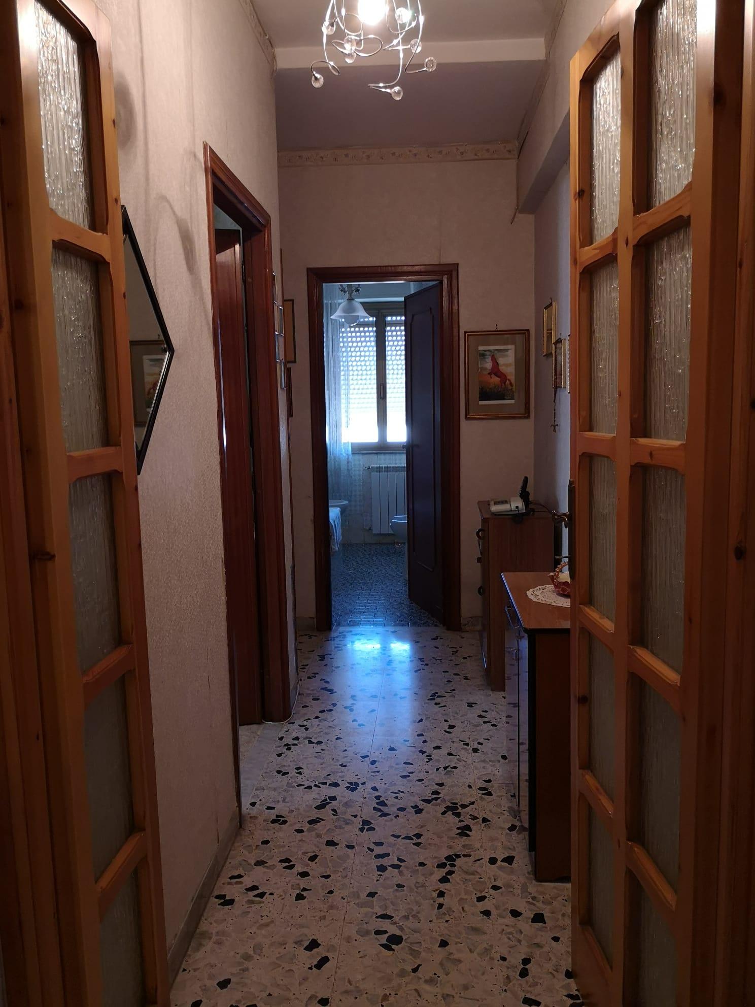 https://www.progettocasa1.it/immagini_immobili/26-05-2020/appartamento-vendita-colleferro-roma-via-consolare-latina-65-368.jpg