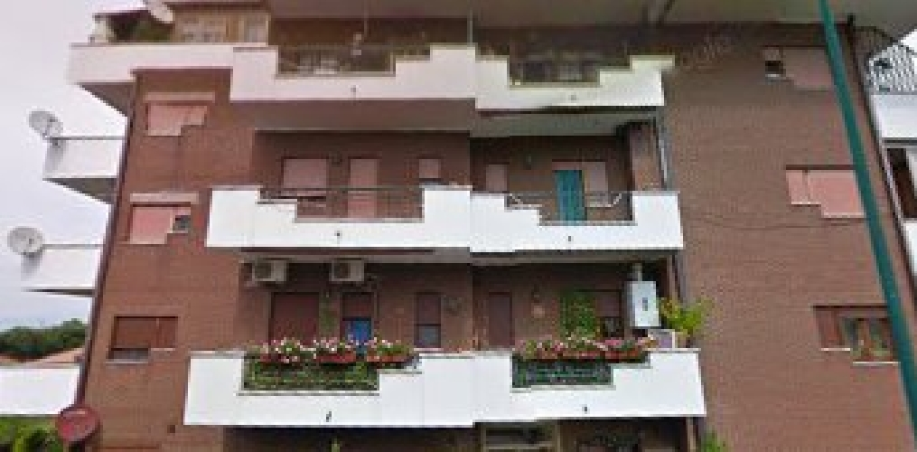 https://www.progettocasa1.it/immagini_immobili/26-07-2018/appartamento-vendita-colleferro-roma-via-del-castello-vecchio-12-381.jpg