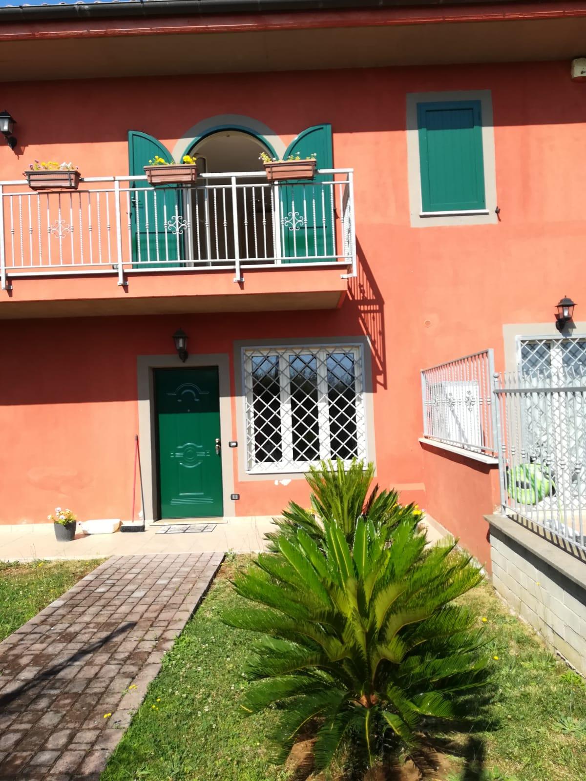 https://www.progettocasa1.it/immagini_immobili/26-07-2019/soluzione-indipendente-affitto-colleferro-roma-via-latina-244-424.jpg