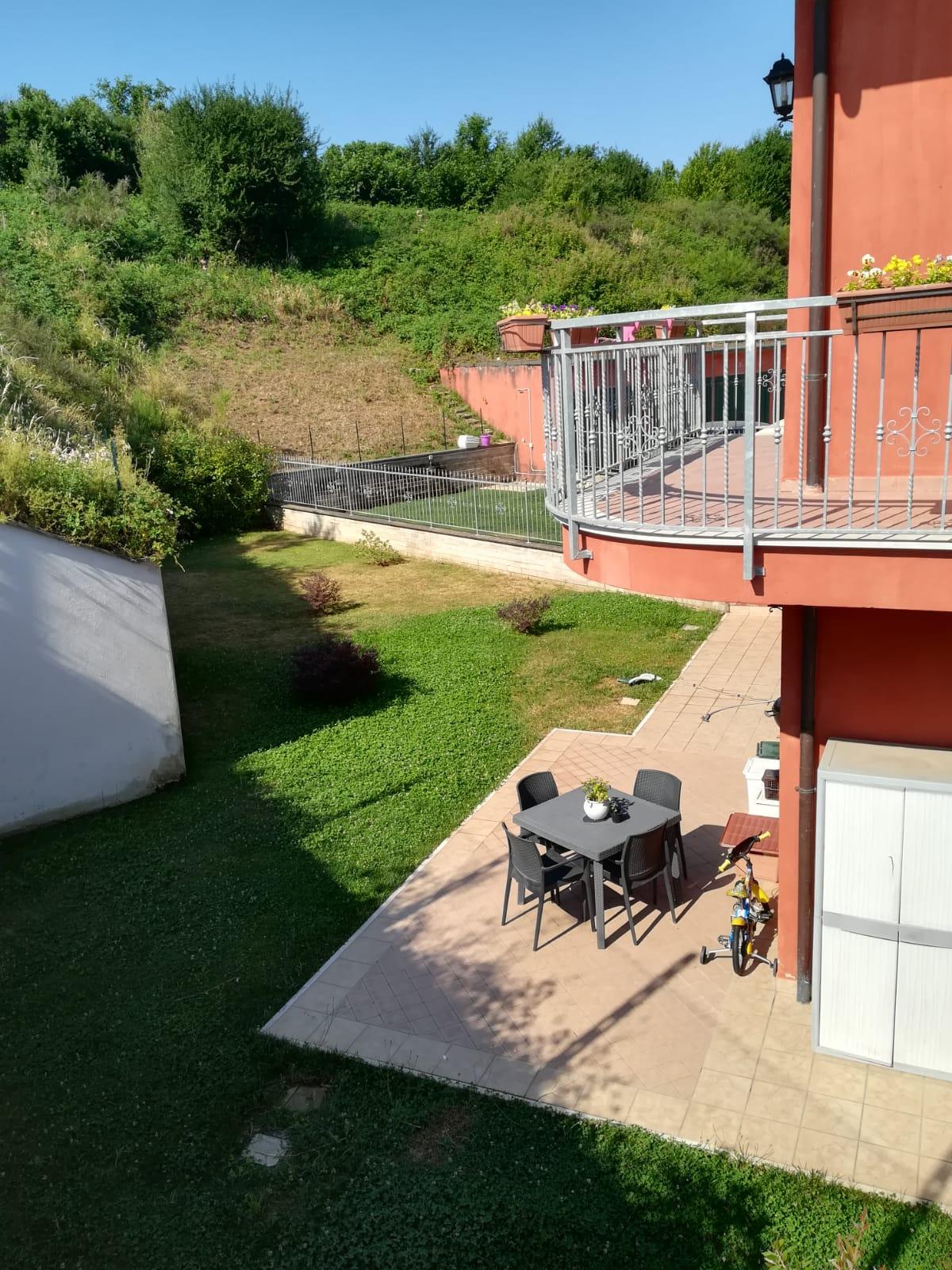https://www.progettocasa1.it/immagini_immobili/26-07-2019/soluzione-indipendente-affitto-colleferro-roma-via-latina-244-432.jpg