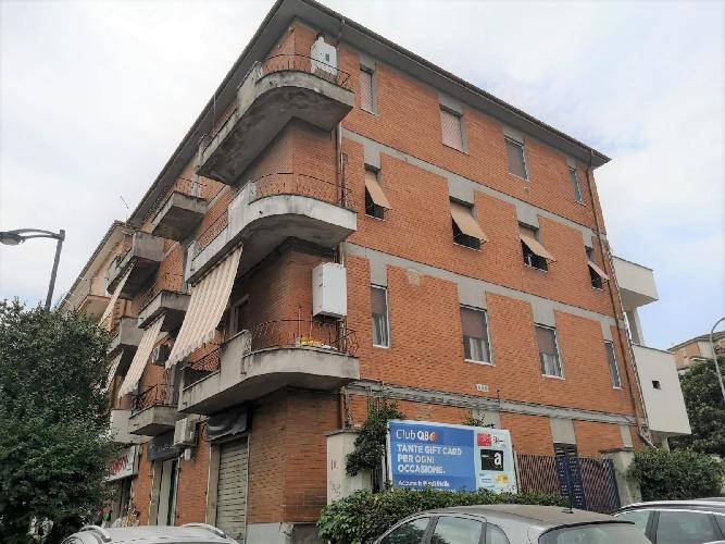 https://www.progettocasa1.it/immagini_immobili/26-07-2021/appartamento-vendita-colleferro-roma-corso-filippo-turati-101-716.jpg
