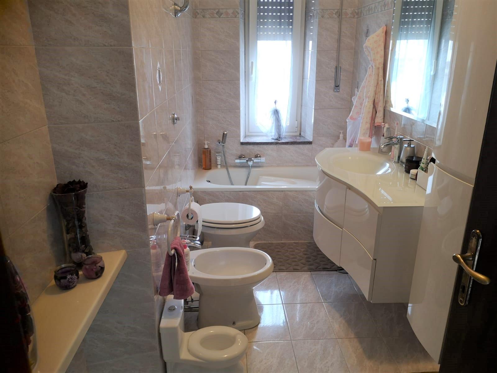 https://www.progettocasa1.it/immagini_immobili/26-07-2021/appartamento-vendita-colleferro-roma-corso-filippo-turati-101-725.jpg