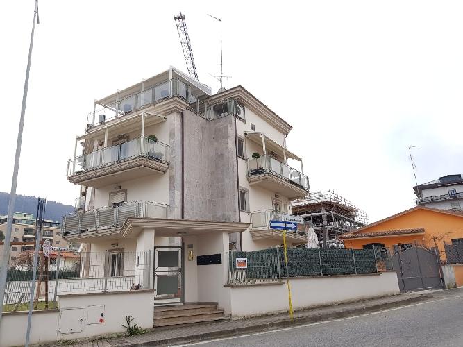 https://www.progettocasa1.it/immagini_immobili/27-02-2019/appartamento-vendita-colleferro-roma-via-dei-pioppi-25-798.jpg