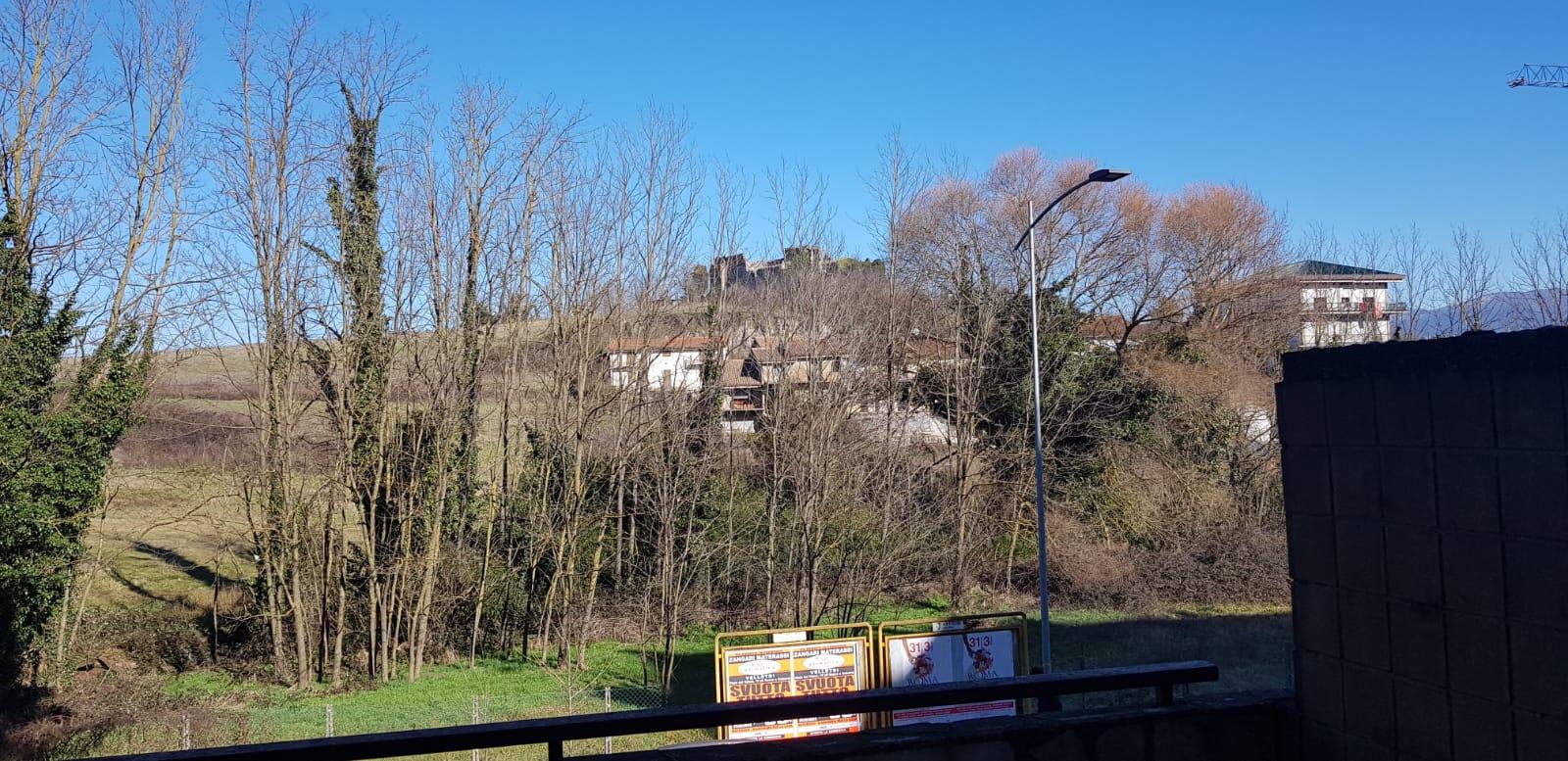 https://www.progettocasa1.it/immagini_immobili/27-02-2019/appartamento-vendita-colleferro-roma-via-dei-pioppi-84-441.jpg