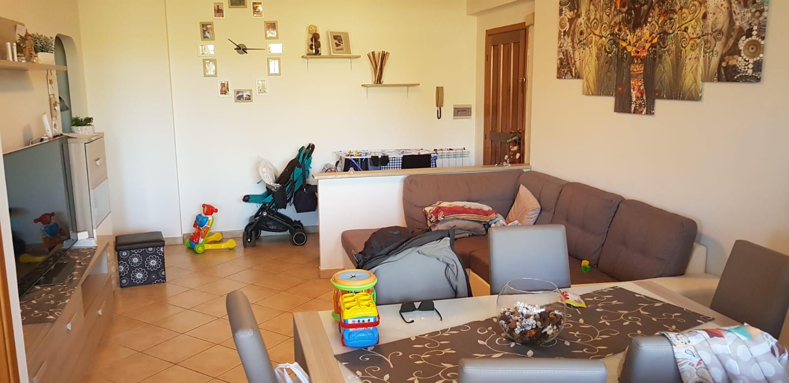 https://www.progettocasa1.it/immagini_immobili/27-02-2019/appartamento-vendita-colleferro-roma-via-dei-pioppi-84-444.jpg