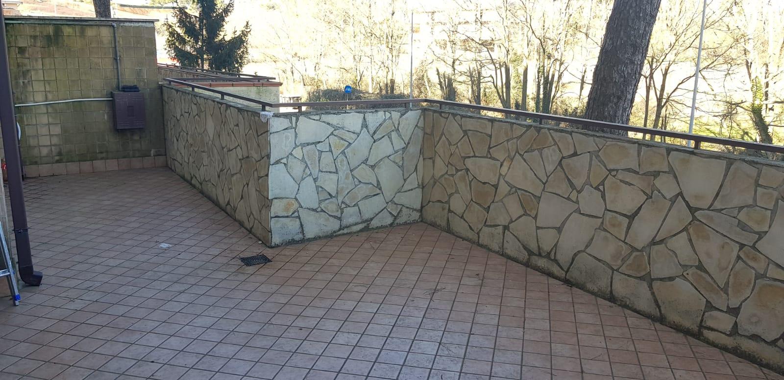 https://www.progettocasa1.it/immagini_immobili/27-02-2019/appartamento-vendita-colleferro-roma-via-dei-pioppi-84-446.jpg