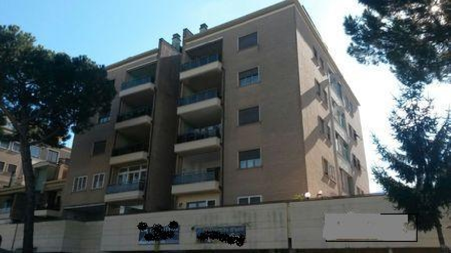https://www.progettocasa1.it/immagini_immobili/27-02-2019/appartamento-vendita-colleferro-roma-via-dei-pioppi-84-628.jpg
