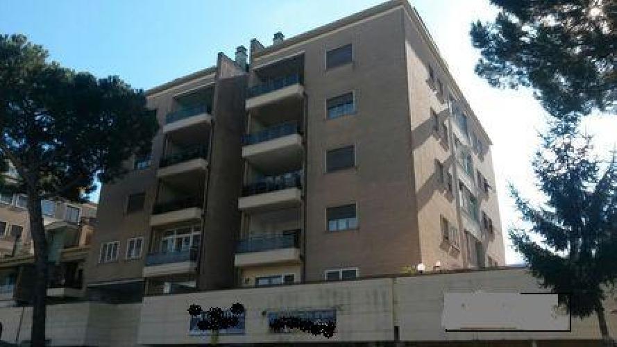 https://www.progettocasa1.it/immagini_immobili/27-02-2019/appartamento-vendita-colleferro-roma-via-dei-pioppi-84-630.jpg