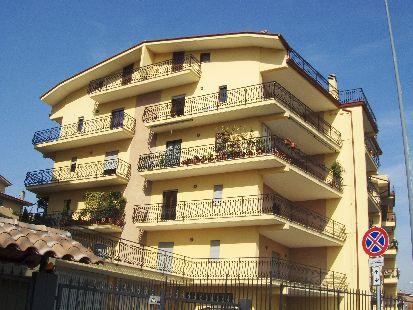 https://www.progettocasa1.it/immagini_immobili/27-06-2019/appartamento-affitto-colleferro-roma-via-quattrocchi-551.JPG