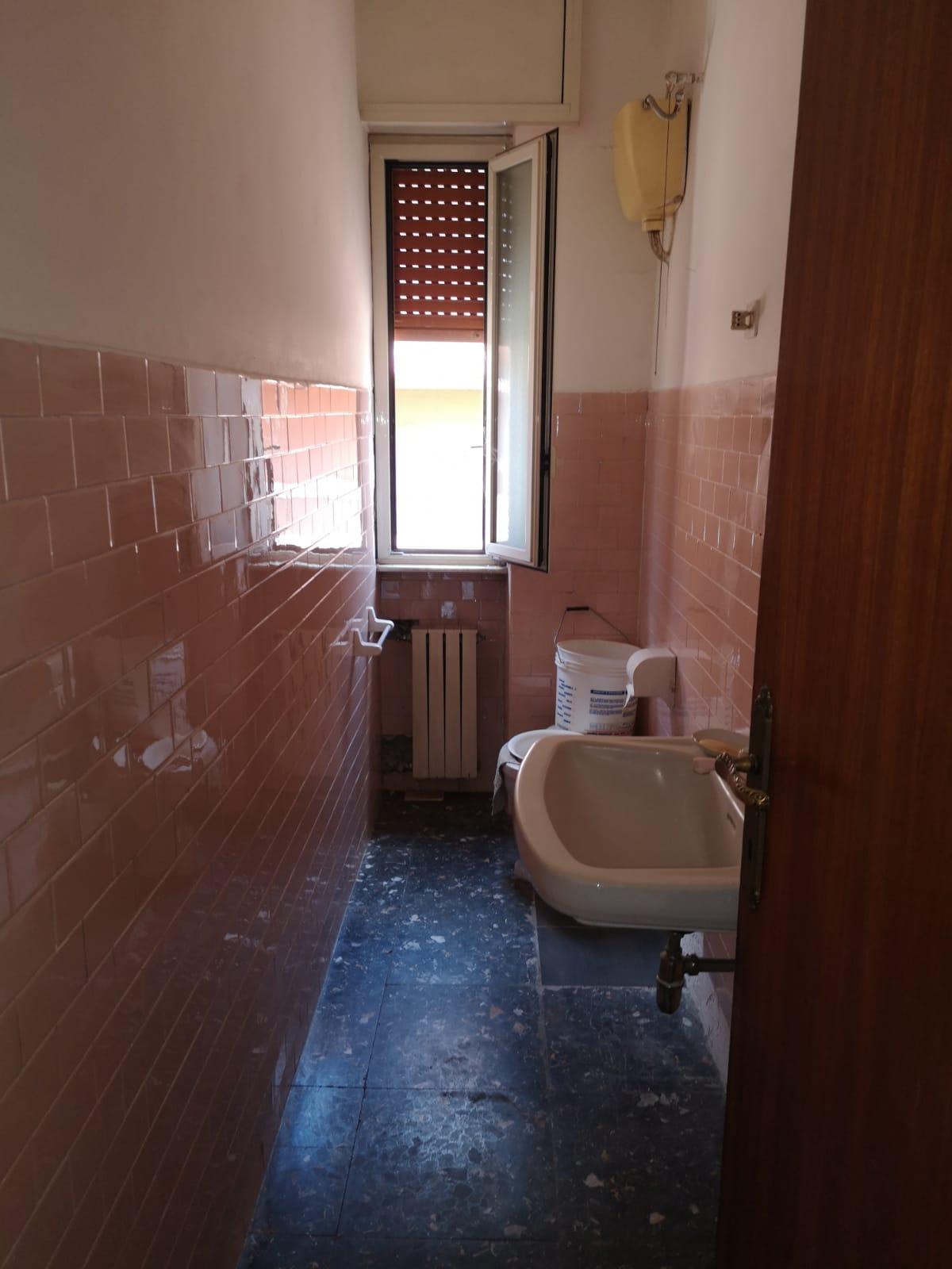 https://www.progettocasa1.it/immagini_immobili/27-06-2019/appartamento-vendita-colleferro-roma-via-traiana19-443.jpg