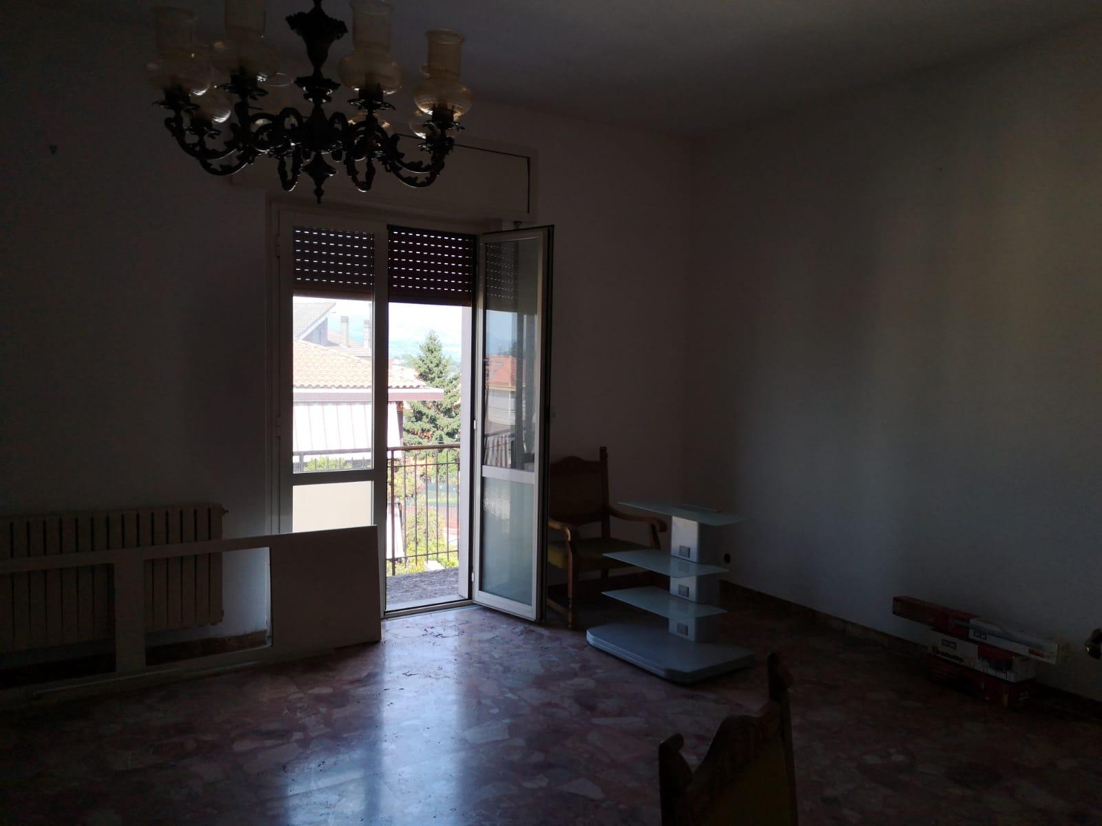 https://www.progettocasa1.it/immagini_immobili/27-06-2019/appartamento-vendita-colleferro-roma-via-traiana19-540.jpg