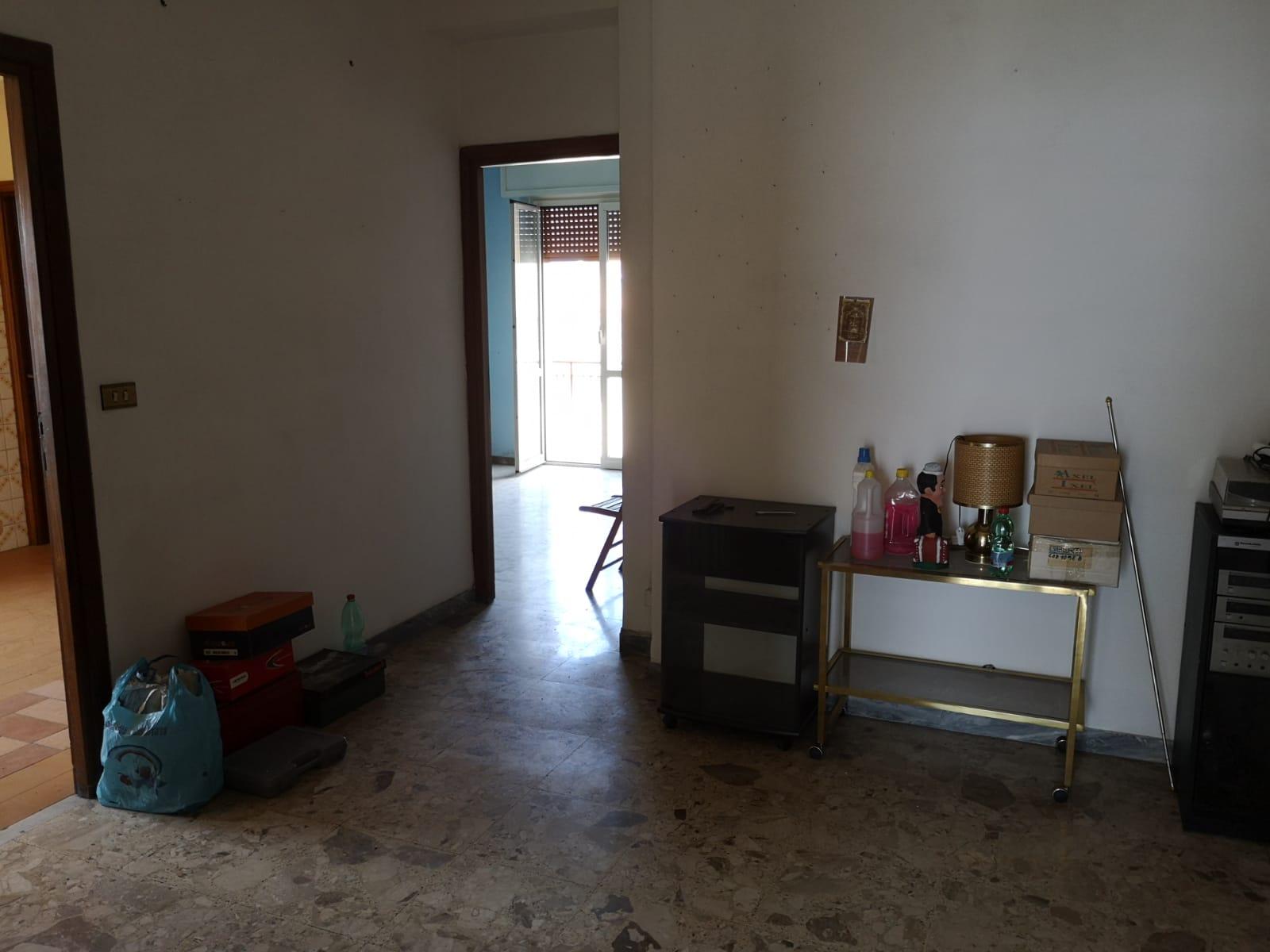 https://www.progettocasa1.it/immagini_immobili/27-06-2019/appartamento-vendita-colleferro-roma-via-traiana19-560.jpg