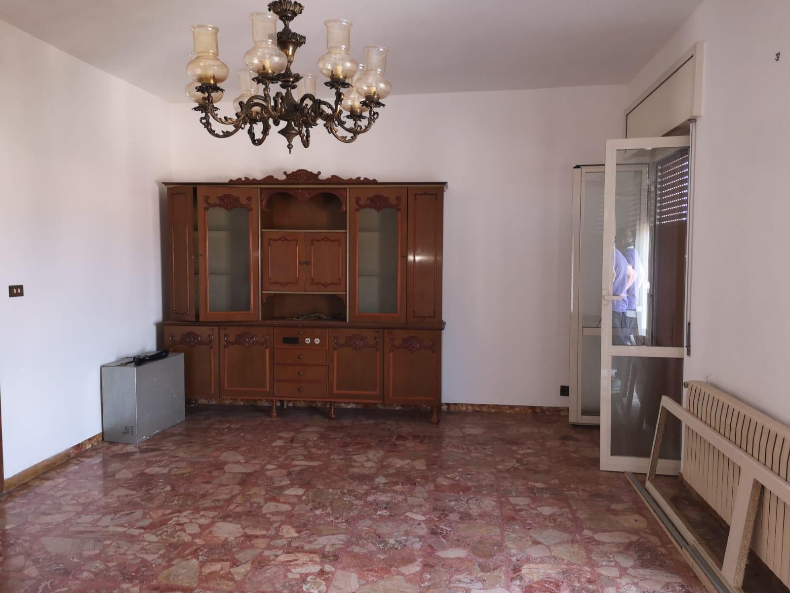 https://www.progettocasa1.it/immagini_immobili/27-06-2019/appartamento-vendita-colleferro-roma-via-traiana19-564.jpg