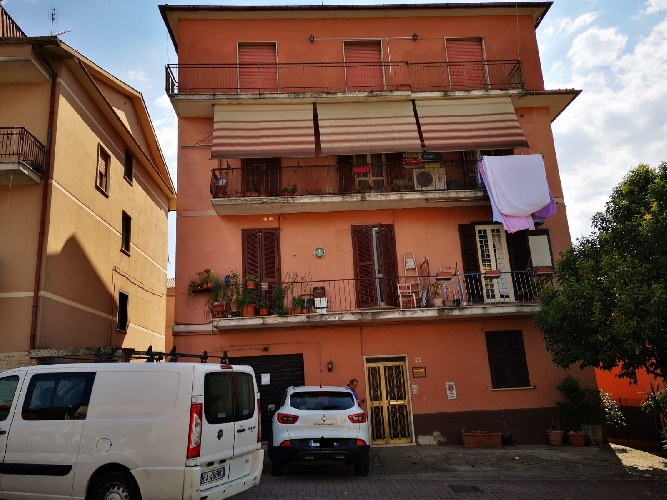 https://www.progettocasa1.it/immagini_immobili/27-06-2019/appartamento-vendita-colleferro-roma-via-traiana19-627.jpg