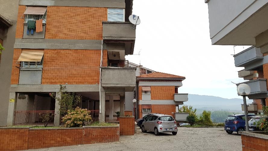 http://www.progettocasa1.it/immagini_immobili/27-09-2017/appartamento-vendita-colleferro-roma-via-alessandro-manzoni-3-461.jpg