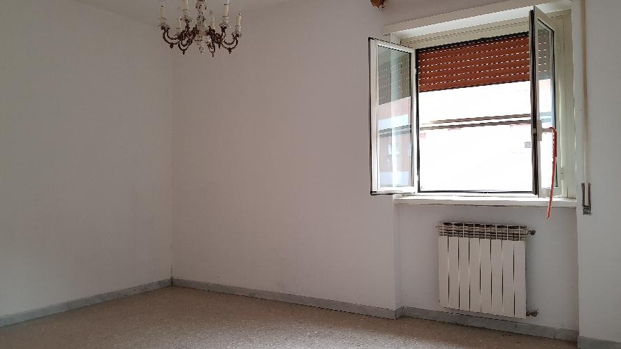 http://www.progettocasa1.it/immagini_immobili/27-09-2017/appartamento-vendita-colleferro-roma-via-alessandro-manzoni-3-697.jpg