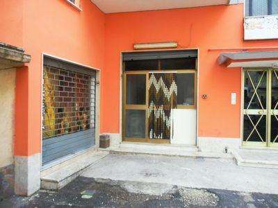 https://www.progettocasa1.it/immagini_immobili/27-11-2018/locale-commerciale-affitto-colleferro-roma-via-consolare-latina-289.jpg