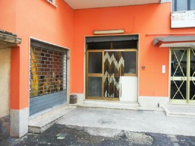 https://www.progettocasa1.it/immagini_immobili/27-11-2018/locale-commerciale-affitto-colleferro-roma-via-consolare-latina-380.jpg