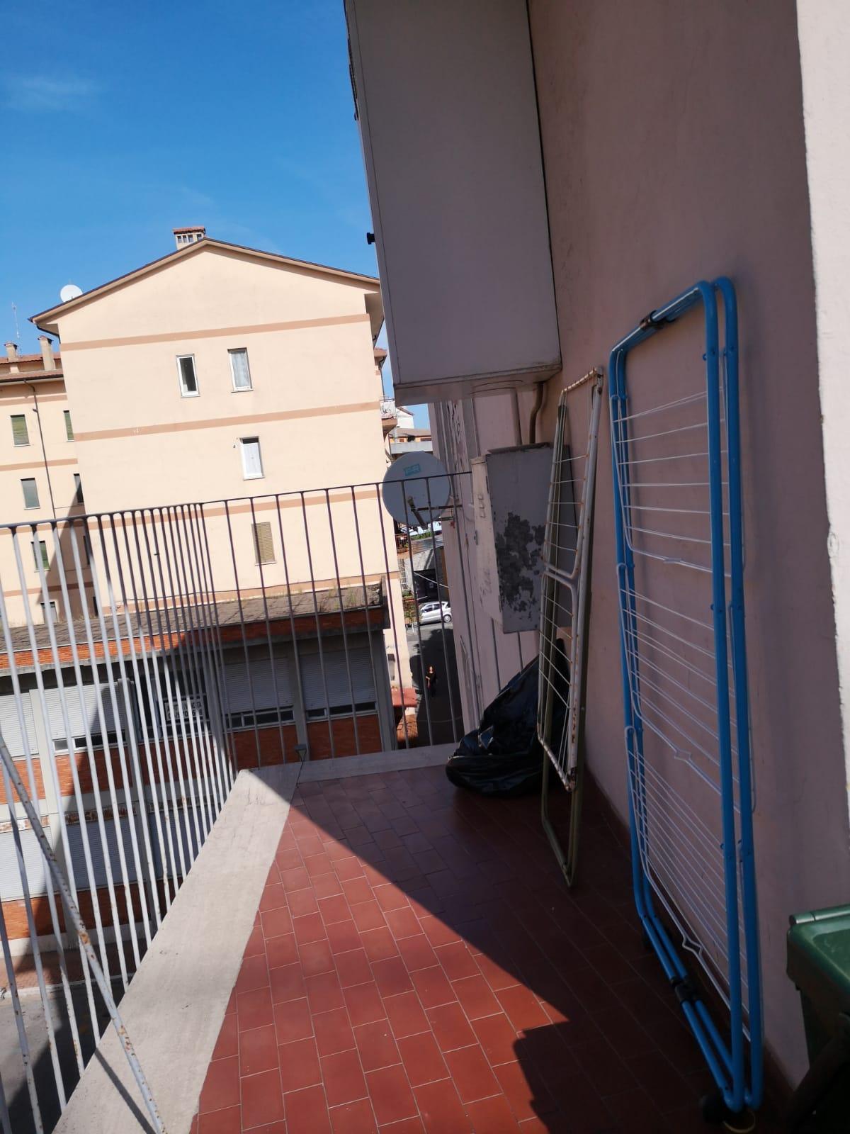 https://www.progettocasa1.it/immagini_immobili/27-11-2019/appartamento-vendita-colleferro-roma-via-pier-gobetti-12-405.jpg
