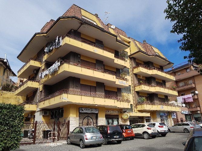 https://www.progettocasa1.it/immagini_immobili/28-02-2019/appartamento-vendita-colleferro-roma-via-fontana-delloste-32-650.jpg