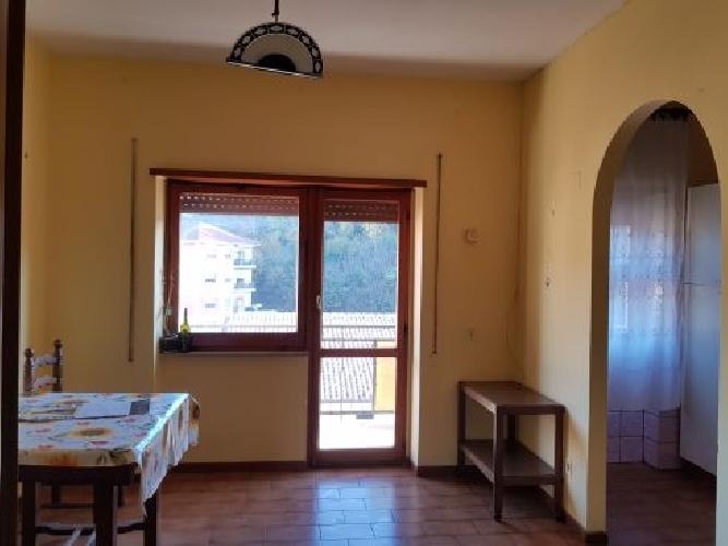 https://www.progettocasa1.it/immagini_immobili/28-11-2018/appartamento-vendita-valmontone-roma-via-kennedy-49-501.jpg