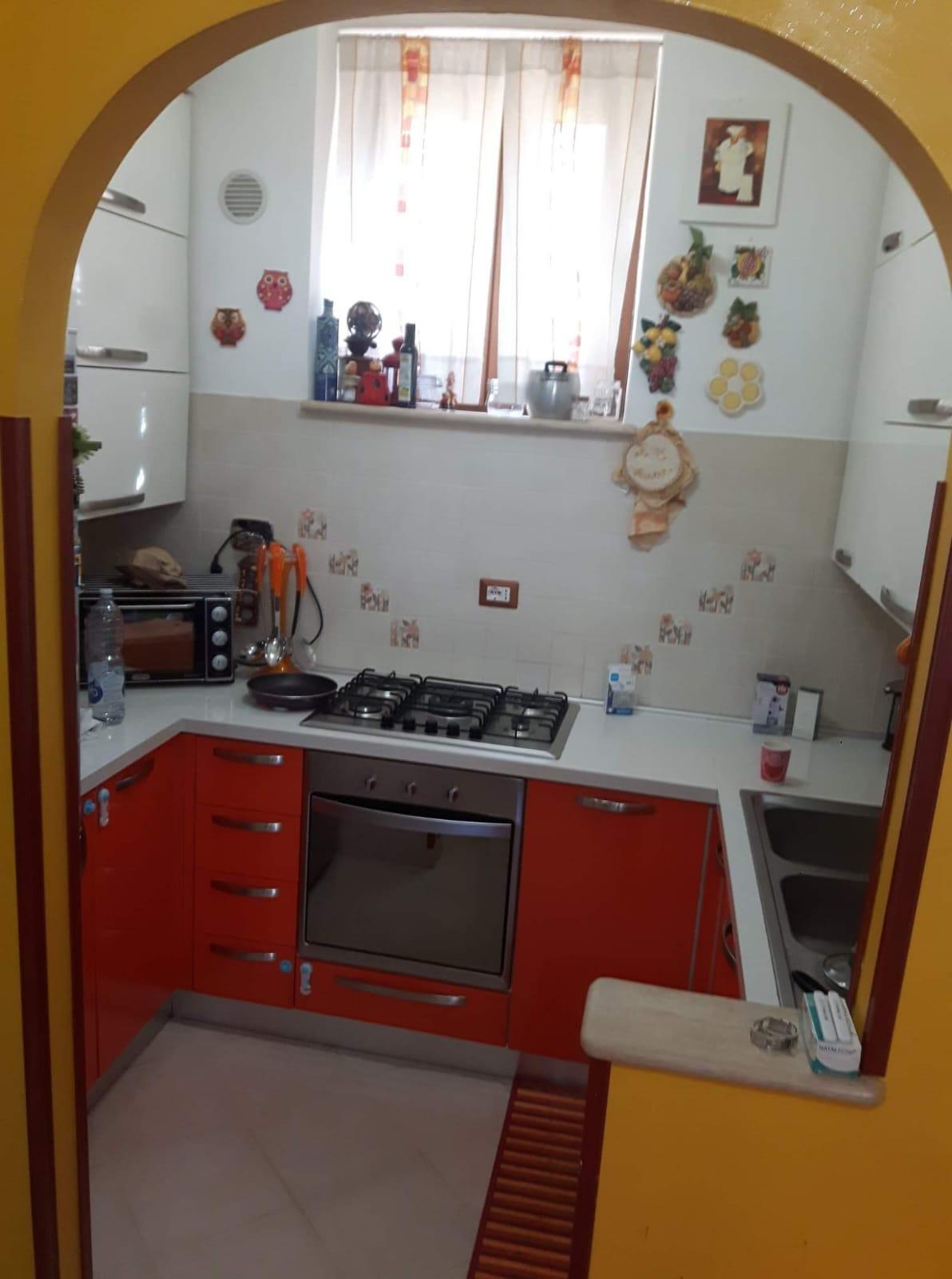 https://www.progettocasa1.it/immagini_immobili/29-07-2019/appartamento-vendita-colleferro-roma-via-scalette-10-684.jpg