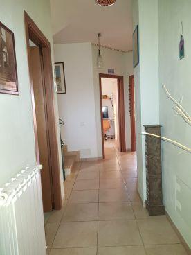 https://www.progettocasa1.it/immagini_immobili/30-01-2020/soluzione-indipendente-vendita-colleferro-roma-colle-dellelefante-474.jpg
