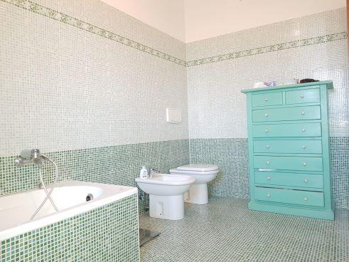 https://www.progettocasa1.it/immagini_immobili/30-01-2020/soluzione-indipendente-vendita-colleferro-roma-colle-dellelefante-733.jpg
