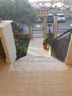 https://www.progettocasa1.it/immagini_immobili/30-01-2020/soluzione-indipendente-vendita-colleferro-roma-colle-dellelefante-739.jpg