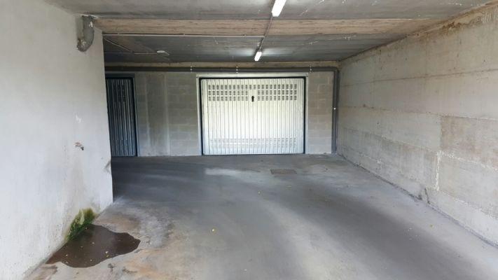 https://www.progettocasa1.it/immagini_immobili/30-03-2017/garage-vendita-colleferro-roma-via-rocco-dolce-3.jpg