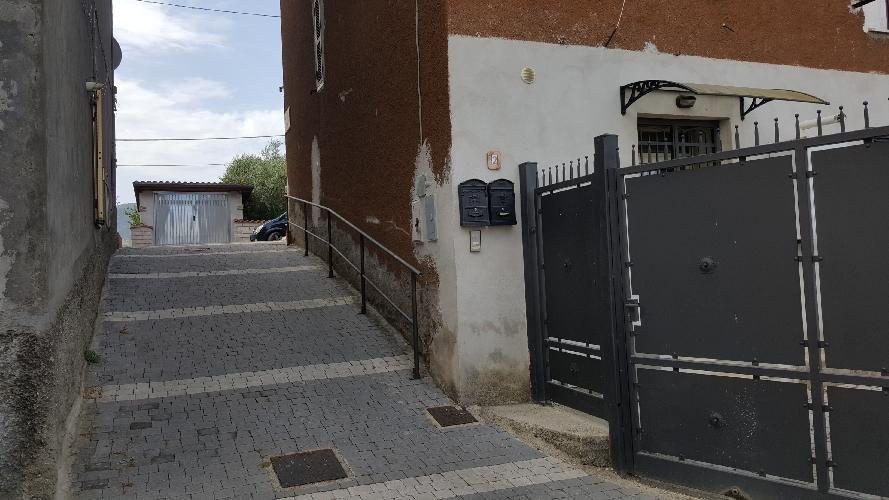 http://www.progettocasa1.it/immagini_immobili/30-06-2017/appartamento-affitto-colleferro-roma-via-vittorio-emanuele-574.jpg
