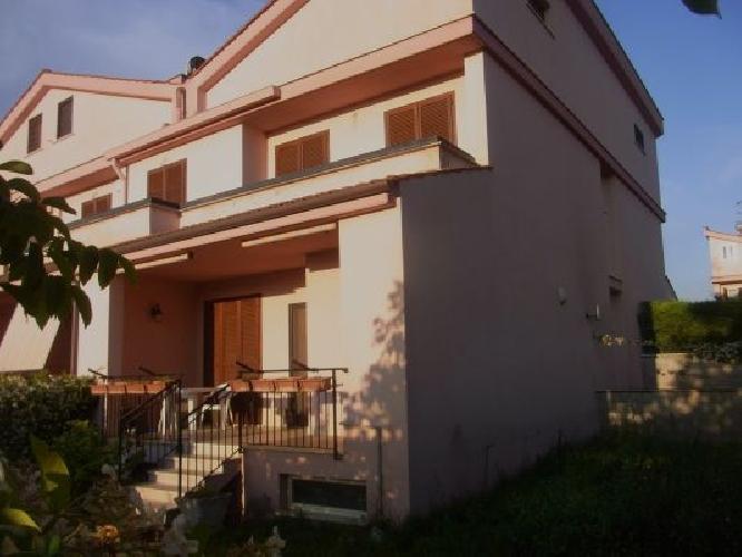 http://www.progettocasa1.it/immagini_immobili/30-06-2017/soluzione-indipendente-vendita-colleferro-roma-via-san-tommaso-daquino-744.jpg