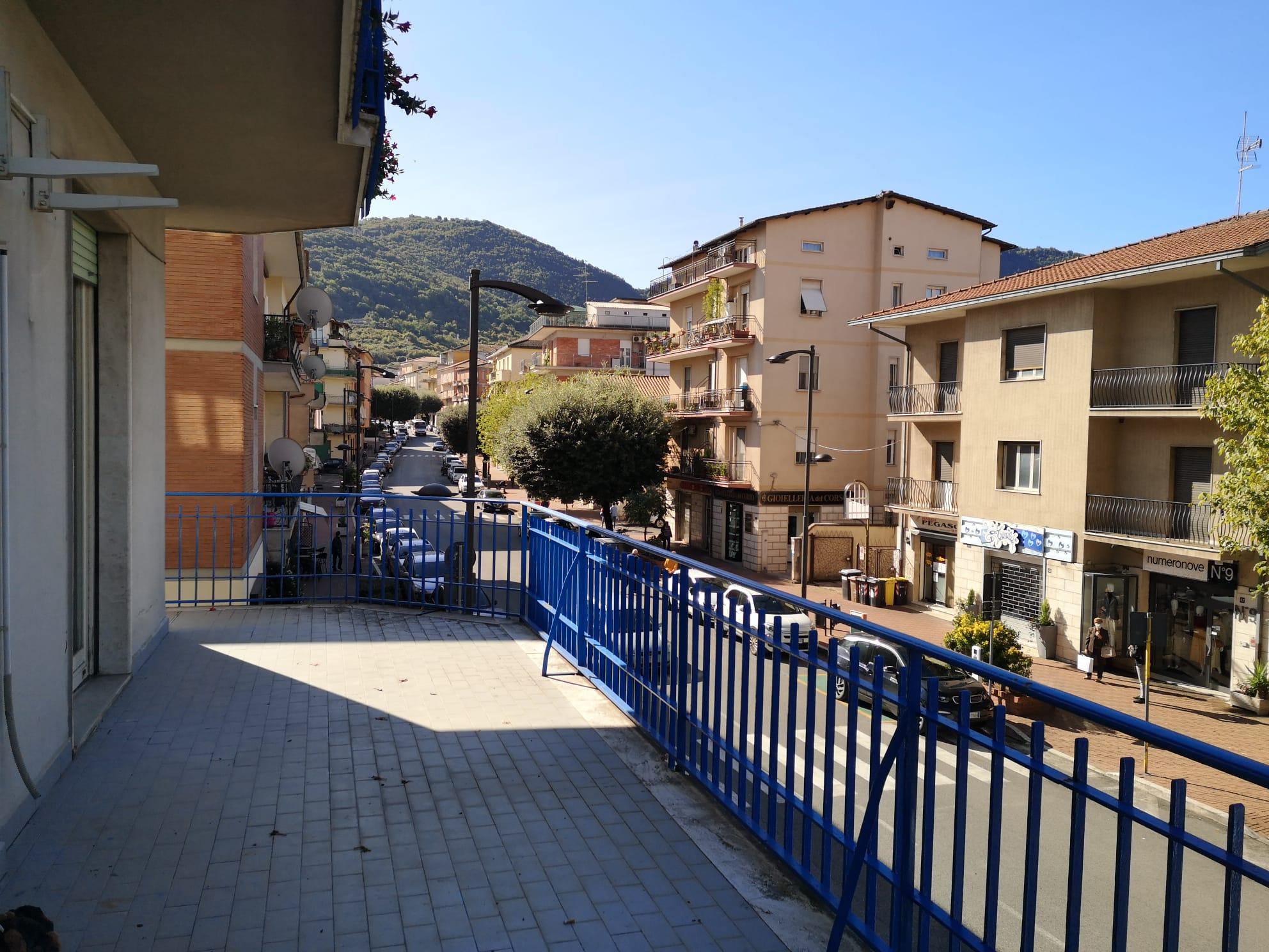 https://www.progettocasa1.it/immagini_immobili/30-09-2020/ufficio-affitto-colleferro-roma-corso-filippo-turati70-450.jpg