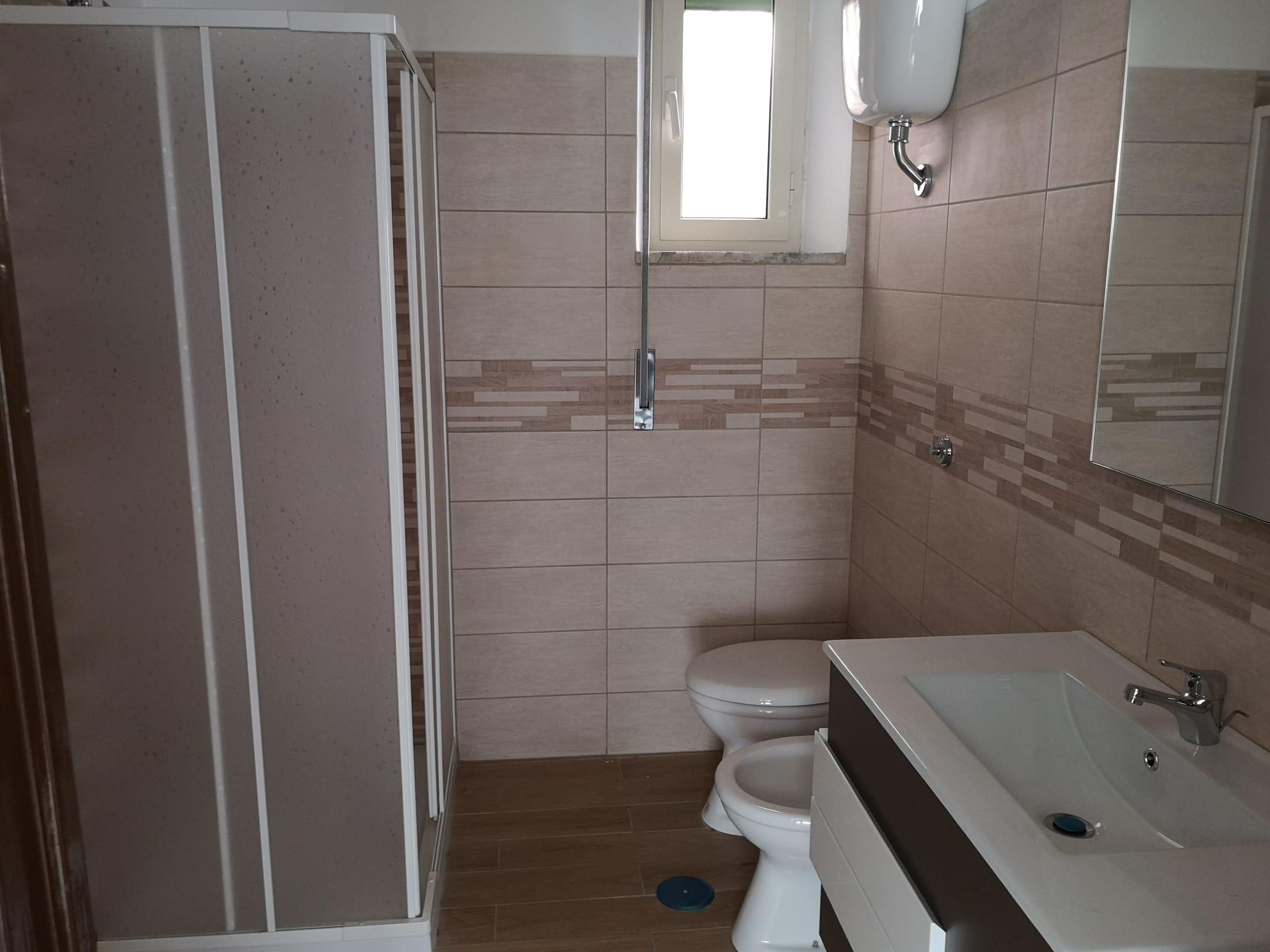 https://www.progettocasa1.it/immagini_immobili/30-09-2020/ufficio-affitto-colleferro-roma-corso-filippo-turati70-575.jpg