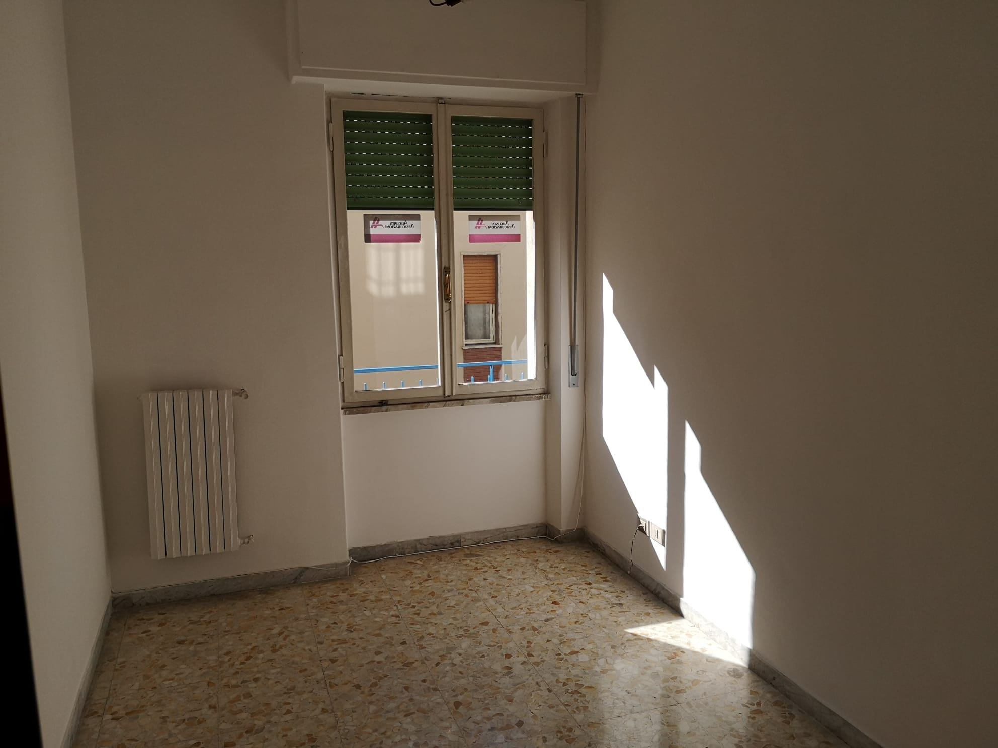 https://www.progettocasa1.it/immagini_immobili/30-09-2020/ufficio-affitto-colleferro-roma-corso-filippo-turati70-748.jpg