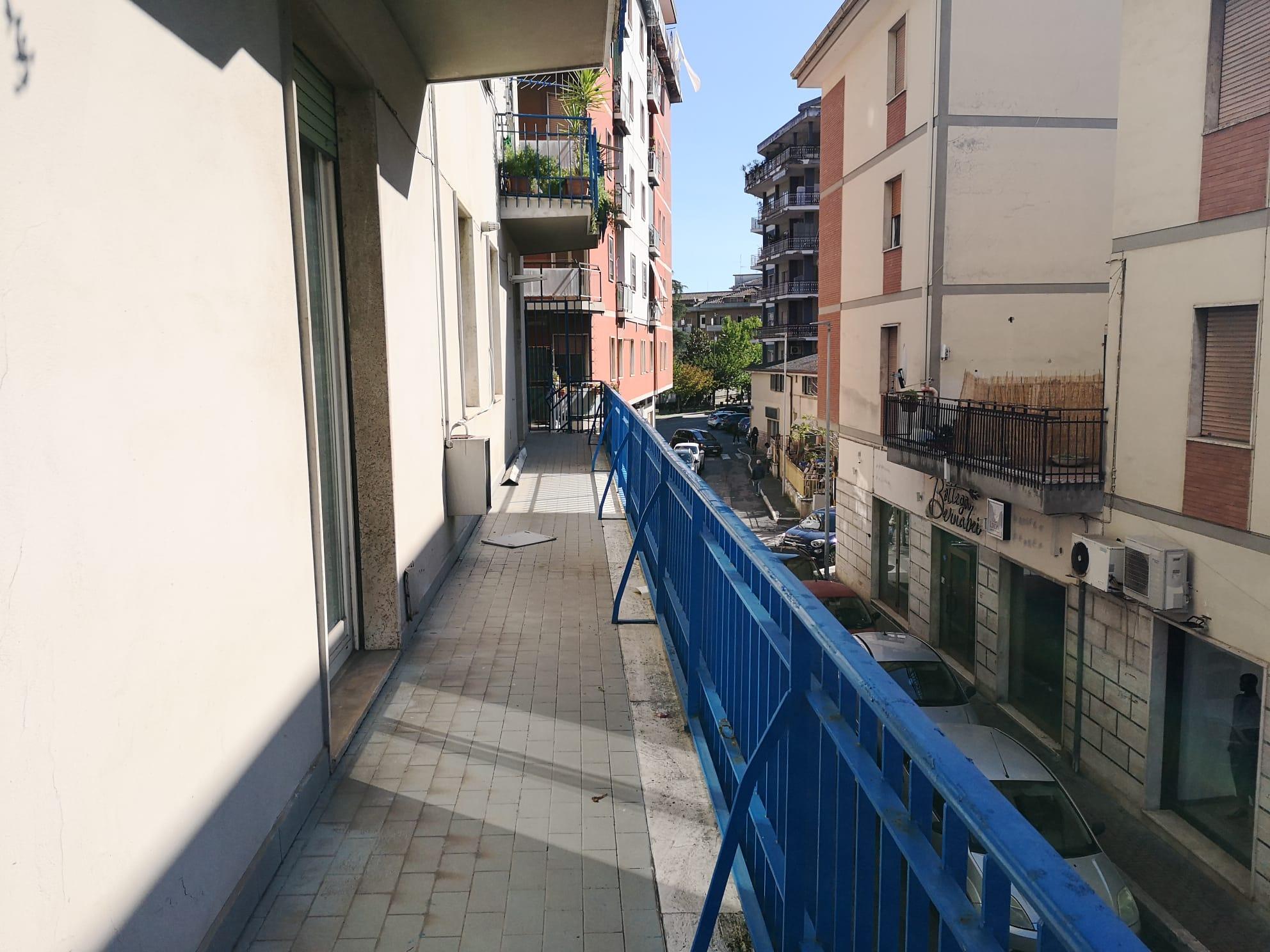 https://www.progettocasa1.it/immagini_immobili/30-09-2020/ufficio-affitto-colleferro-roma-corso-filippo-turati70-755.jpg
