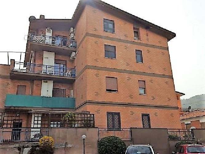 https://www.progettocasa1.it/immagini_immobili/31-01-2019/appartamento-vendita-colleferro-roma-via-vicinale-bracchi-44-310.jpg