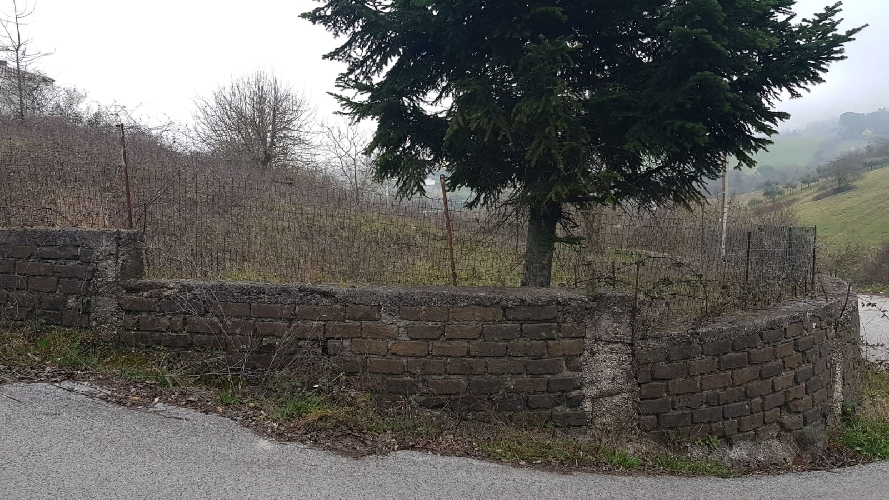 https://www.progettocasa1.it/immagini_immobili/31-05-2019/terreno-vendita-colleferro-roma--528.jpg