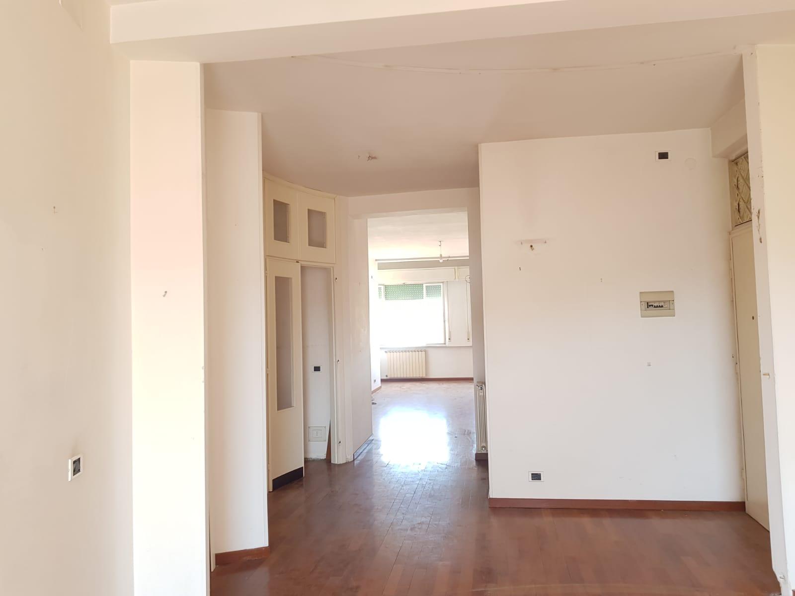 https://www.progettocasa1.it/immagini_immobili/31-05-2021/appartamento-vendita-colleferro-roma-corso-filippo-turati60-647.jpg