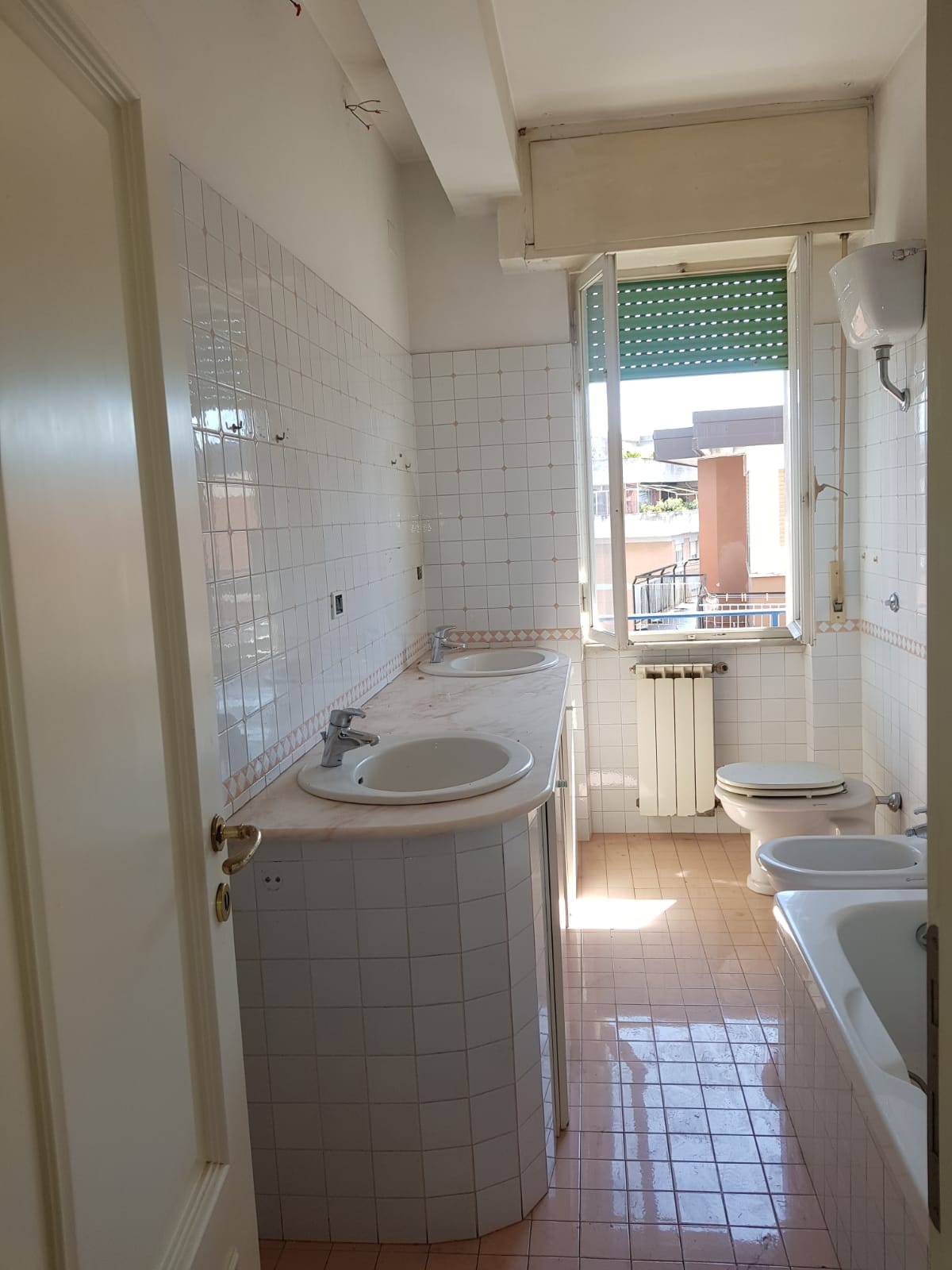 https://www.progettocasa1.it/immagini_immobili/31-05-2021/appartamento-vendita-colleferro-roma-corso-filippo-turati60-656.jpg
